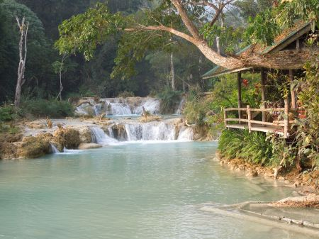 The transparent blue water of the Vanvisa Waterfall gave birth to Aquaria...